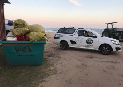 CLiCK Cleaning Beach Cleaning Team